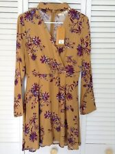 "LADIES ""ANDREE BY UNIT"" GOLD FLOWERED DRESS, LONG SLEEVES, ZIPS IN THE BACK, NWT"