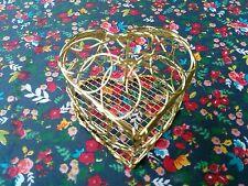 BN gold wire metal mesh love heart quirky trinket box. Gift Mum Gran Nana