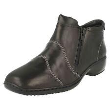 Zapatos planos de mujer Rieker color principal negro