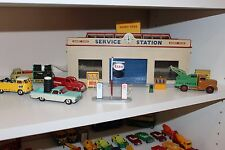 DINKY TOYS # 785 Service station & Original Box ..Super rare and BOTH BLUE DOORS