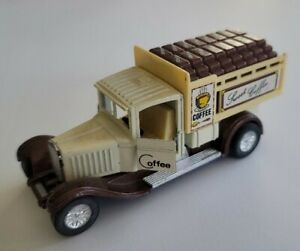 ERTL COCO COLA Die Cast Truck Bank Hauling Bottles 1927
