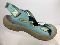 Keen Woman's Water Sandal Flowered Blue Straps Size 8
