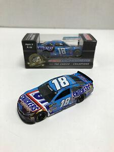 NASCAR 2016 KYLE BUSCH #18 SNICKERS CRISPER 1/64 CAR