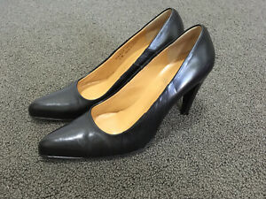 Bally 39.5 US 9 Italian Black Leather Classic 10cm Pumps Heels 'Marcy' exc cond