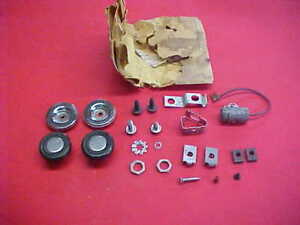 NOS GENUINE GM 1967-72 CHEVY PICKUP BLAZER SUBURBAN RADIO KNOBS, STATIC SUPRESOR