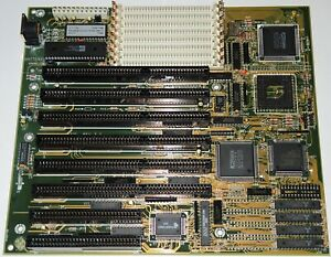 80386DX Motherboard PC Chips M321 with AMD Am386DX-40 CPU and 128kb cache