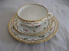 Bel ensemble à thé / café 3 pièces porcelaine de Nyon Suisse signée Martin