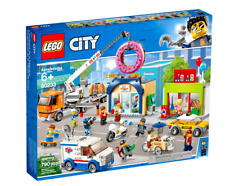 LEGO City: Donut shop opening (60233) Brand New