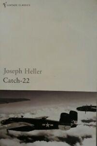 Joseph Heller-Catch 22 Paperback Book.1955/2004 Vintage Classics 0099470462.