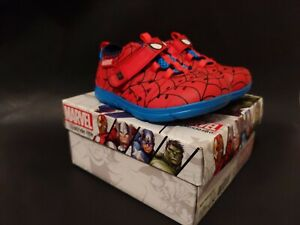 Stride Rite Made2Play Phibian Water Shoes, Toddler Boy's Size 6M, Red Spider