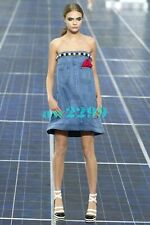 CHANEL SPRING 2013 DENIM RUNWAY DRESS WITH PANEL CC FAUX PEARL BUTTON 34 NEW