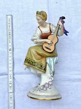 Porzellanfigur figürlich Frau