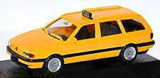 VW PASSAT Variant B3 TAXI 1988-93 GIALLO 1:87 Herpa PC