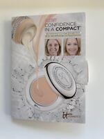 It Cosmetics Confidence in a Compact Serum Foundation Sample - Medium 0.11 oz