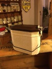 Vintage Mottled Cream & Brown Enamel Lunch Box / Food Carrier with Handle – Grea