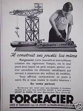 PUBLICITÉ JOUETS FORGEACIER IL CONSTRUIT SES JOUETS LUI-MÊME