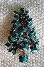 VINTAGE STYLE AUSTRIAN CRYSTAL RHINESTONE ENAMEL HOLLY CHRISTMAS TREE PIN BROOCH