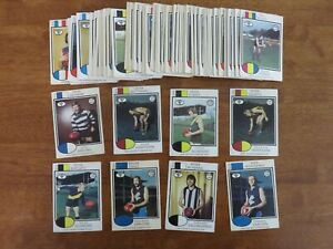 1975 SCANLENS VFL. COMPLETE SET OF 132 PLAYER CARDS. EXCELLENT CONDITION.