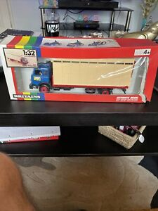 BRITAINS Ford Animal Transporter 9580 IN BOX