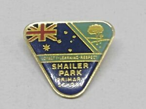 SHAILER PARK PRIMARY SCHOOL BADGE / PIN