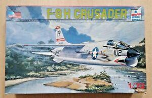 64-9074 ESCI-ERTL 1/72nd Scale VOUGHT F-8H CRUSADER Plastic Model Kit