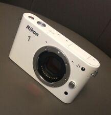 Nikon 1 J1 Systemkamera Gehäuse - Weiß