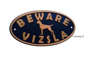 Vizsla & Motif Beware Of The Dog Sign - House Garden Plaque - Black/Gold
