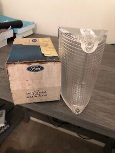 NOS 1972 Lincoln Mark IV RH Parking Lamp lens