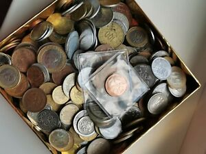 WORLD COIN LOT (#3) 1kg/2.2lbs (250+ unsorted world coins) FREE SHIPPING!