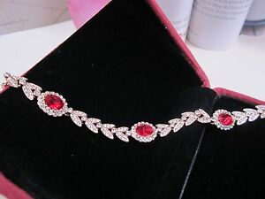 NEW – Zircon and 18k Rose Gold Plating leaves Bracelet