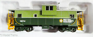 Atlas HO #20005020 (Rd #1874) British Columbia Railway (Extended Vision Caboose)