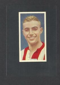 85 YR OLD 1936 ORIGINAL STANLEY MATTHEWS CARD VINTAGE FOOTBALL STOKE CITY