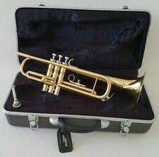 More details for intermusic trumpet in bb in gold finish with mouthpiece & abs hard case outfit