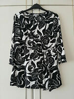 PER UNA MARKS & SPENCER WOMENS BLACK WHITE FLORAL 3/4 SLEEVE TOP SIZE 14 STRETCH