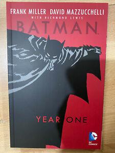 Batman Year One DC Comics Paperback TPB Graphic Novel Miller Mazzucchelli New
