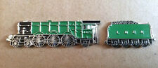 TRAIN  - LAPEL PIN BADGE  - GREEN LOCOMOTIVE FLYING SCOTSMAN STYLE TRAINS (BB1)