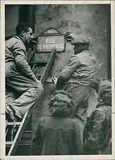 Paris, rue de Provence Vintage silver print Tirage argentique  13x18