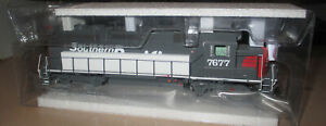 Athearn Genesis GP40-2 Southern Pacific SP 7677 ATHG65055