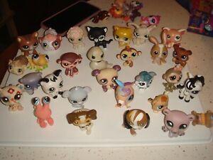 Littlest Pet Shop Lot 70 pets & 130 Accessories