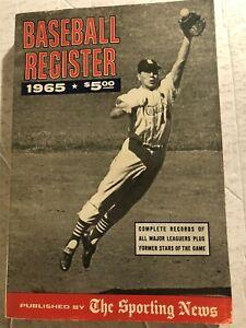 1965 Baseball Register ST LOUIS CARDINALS Ken BOYER Hank AARON Mickey MANTLE
