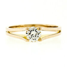 14K Yellow Gold 0.40ct Round Brilliant VVS Diamond Solitaire Engagement Ring