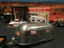 1:64 Hot Wheels Limited Edition Airstream Clipper Trailer