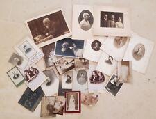 Lot de 28 photos CVD de famille du 19 eme début 20 eme. Photographes divers