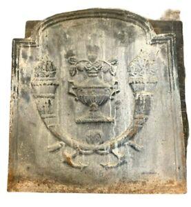 Plaque de fond de cheminée en fonte de fer XX siècle