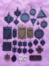 Set of 31 Ice Resin bezels for jewelery making