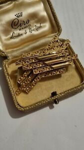 Vintage Monet Gold Plated Abstract Modernist Brooch Pin