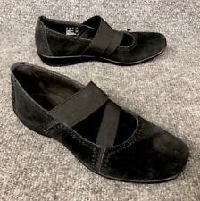 Clarks Collection Black Suede Women's Size 6.5M Soft Cushion Mary Jane Shoes EUC