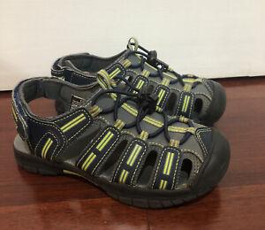 KHOMBU Boy sandals size 13