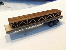CSM N SCALE 40' FLATBED WITH WOODEN FLOOR TRUSS LOAD WOODEN DECK METAL FRAME