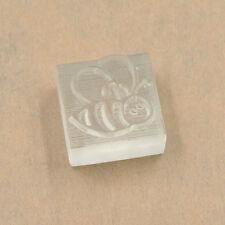 Mini Hágalo usted mismo sello de Jabón de resina Sello Lindo patrón de abeja Jabón Hecho a Mano Arte Decoración 1pc